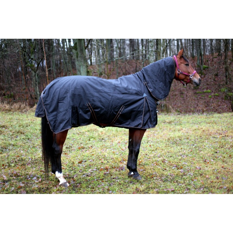 Finequine Sisu Turnout Rug 200g