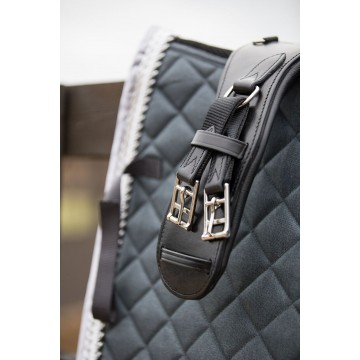 Wahlsten W-Profile Leather Dressage Grith